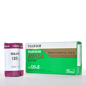 Image of Fujifilm Reala ISO100 - Color 120 Film