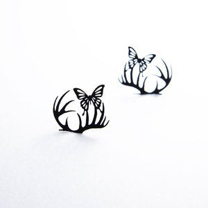 Image of Small Deer&Butterfly