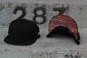Image of BRICK UNDERVISOR NEW ERA