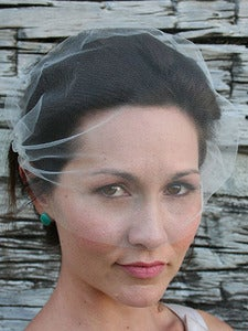 Image of Simple bandeau bridal tulle veil