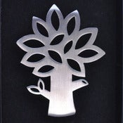 Image of Leafy Tree Brooch