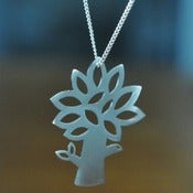 Image of Leafy Tree Necklace