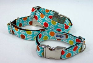 Image of Retro Flower Dog Collar in the category  on Uncommon Paws.