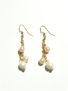 Image of Vintage Chain and Pearl Earrings