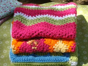 Image of MochilaMia Ripple Afghan in 'Lily'
