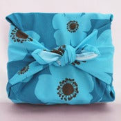 Image of Organic Betsy Reusable Gift Wrap