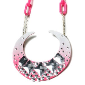 Image of DOLLY BARF NECKLACE