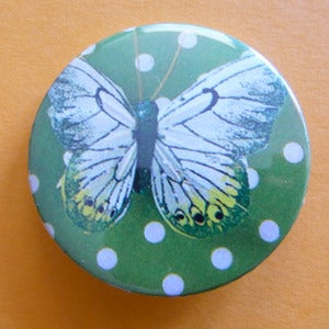 Image of BADGE MOTIF PAPILLON REF. 632