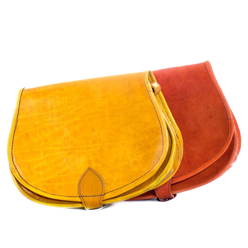 Image of Handmade leather saddle bag