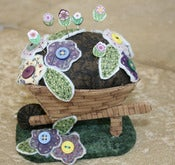 Image of Wheelbarrow Pincushion DL pattern