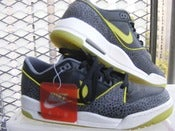 Image of Nike Air Assault Retro Size 9