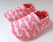 Image of Reversible Baby Shoes, Alligators