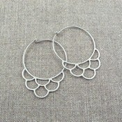 Image of small zinn hoops - silver