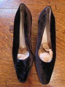 Image of Giorgio Armani Brown Velvet 90s pumps SZ 39 NOW 40% off
