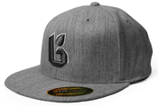 "Image of ""ICON"" Flat Bill Fitted Flexfit 