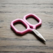 Image of Kelmscott Designs : Little Gems Fuschia Scissors