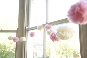 Image of Pom Pom Garland -- Pink/Cream