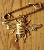 Image of Brass Bee Pin