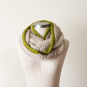 Image of Chunky Cowl in Multi