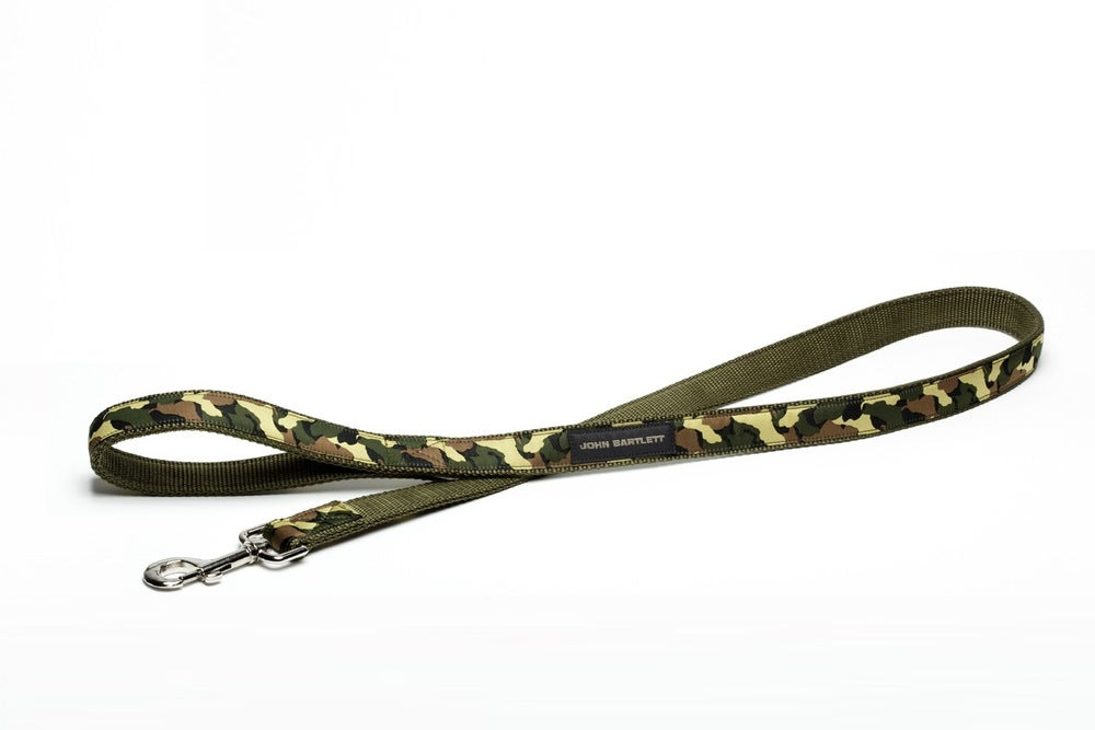 Image of OLIVE TINY TIM CAMOUFLAGE DOG LEASH