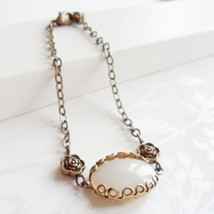 Image of Decadence Bracelet (pearl)