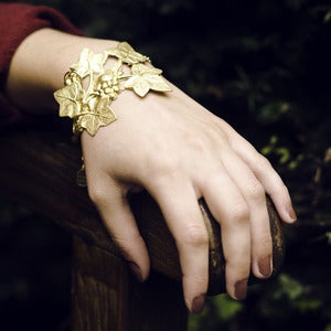 Image of Evergreen Ivy vintage Brass Bracelet