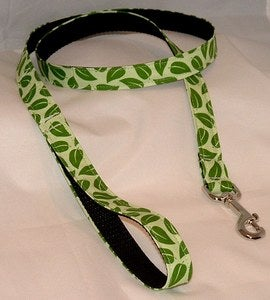 Image of Green on Green Dog Leash in the category  on Uncommon Paws.