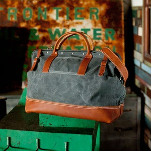 Image of Wood&amp;Faulk Northwesterner 20&quot; Grey