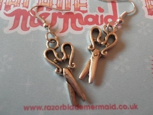 Image of Silvertone Kitsch Retro Sewing Scissor earrings 