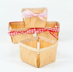 Image of 50 Wood Berry Baskets