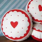 Image of Jammy Heart Biscuit Screen-Printed Cushion