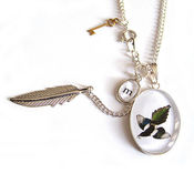 Image of The Thieving Magpie Necklace