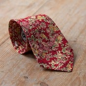 Image of Rouge Floral Neck Tie