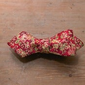 Image of Rouge Floral Bow Tie