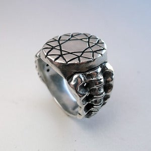 Image of Dark+Dawn x Blood is the New Black Spine Ring<br /><br />
