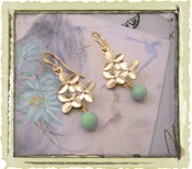 "Jewelry: ""Mint Flora"" in Gold"