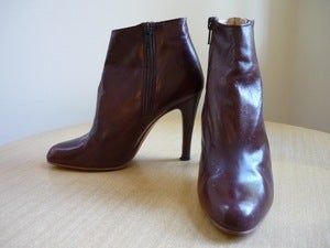 Image of Vigo leather ankle boots