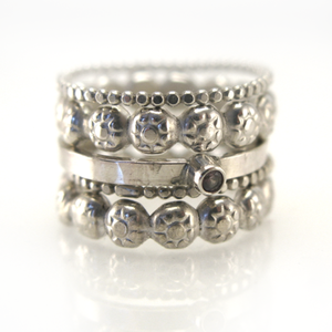 Image of berry cluster stacking ring set