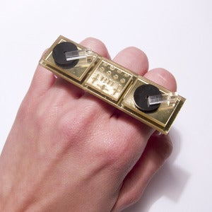 Image of DJ brass knuckles [gold mirror]