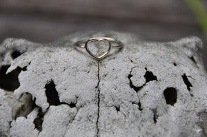 Image of Babyanything Fine Heart Ring Silver