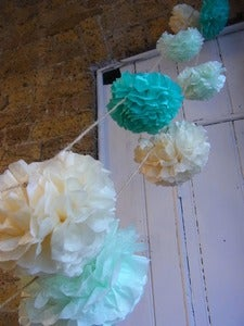 Image of Pom Pom Garland -- Mint/Pistachio/Cream