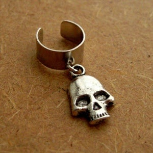 Image of Single Skull Earring Cuff