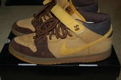 "Image of Nike SB Dunk Mid ""Wheat"""