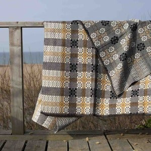 Image of coldatnight blanket in pebble grey