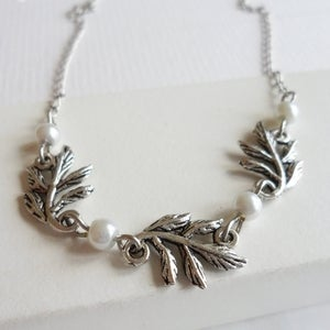 Image of Grace Leaf Necklace (silver)