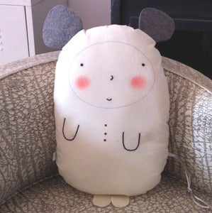 Image of Cojín-muñeco Ratolín/Pillow-doll