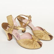 Image of GOLD MEDAL HEELS // 6.5