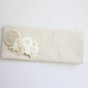 Image of White Snow Clutch