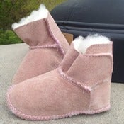 Image of EMU Australia baby booties...