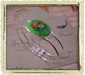"Jewelry: ""Green Alice"""